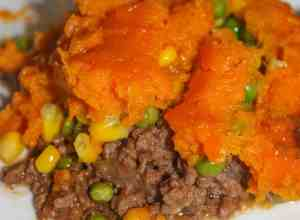Shepherd's Pie with Sweet Potato is a twist on the classic recipe.  This hearty one dish dinner is full of flavour and is an easy recipe that will satisfy any appetite.