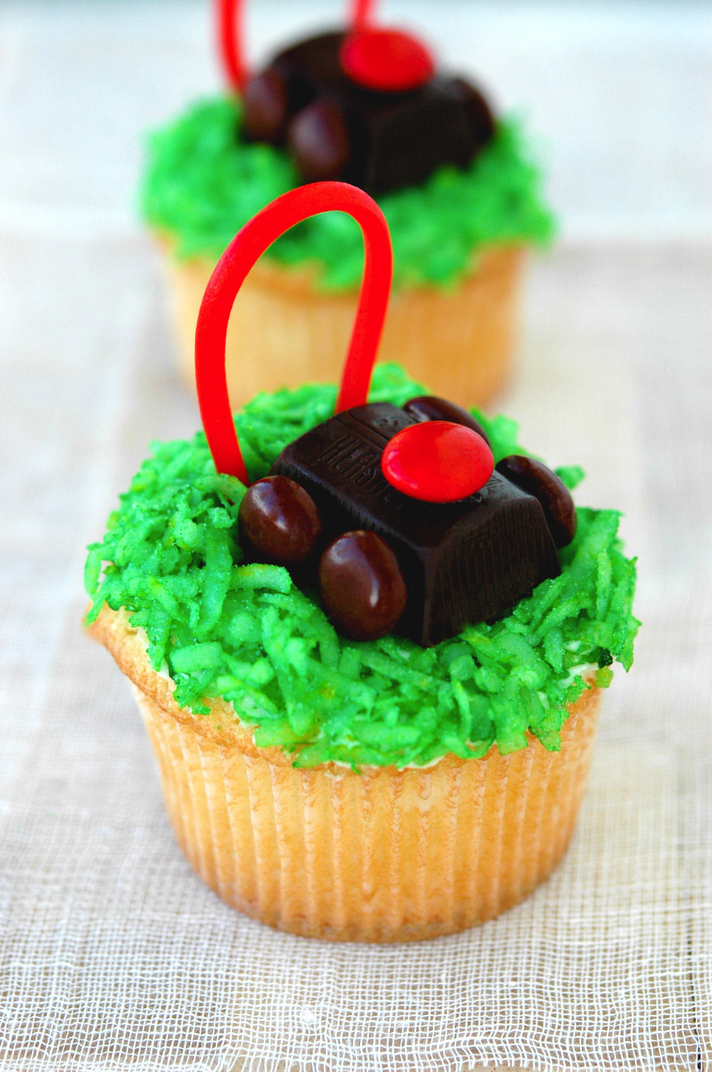 lawnmower-cupcake