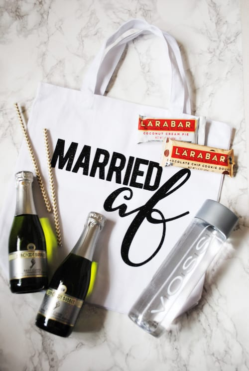 Everything You Need For Your Wedding Night With This Married AF Tote DIY