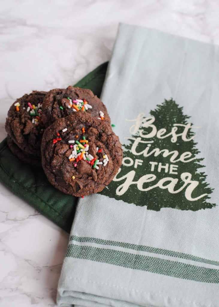 Chunky Christmas Cookies using a Brownie Box Mix #cookiehop #cookieswap #easycookierecipe #holidaycookies #Christmascookies #Christmas #holidays #baking #holidaybaking #HousefulOfCookies