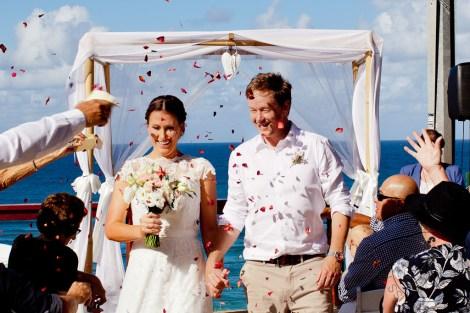 pat-fagan-park-kirra-beach-wedding-kiss-the-groom-photography-0583