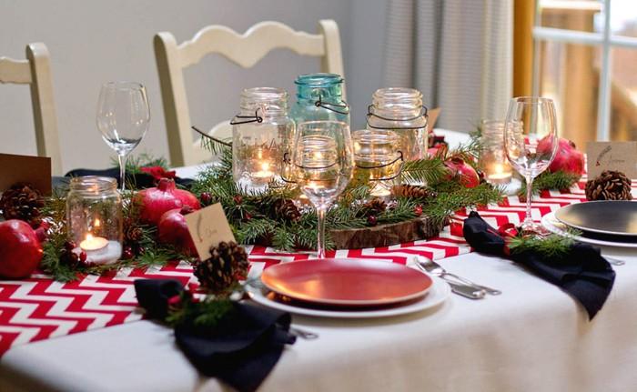 C'est l'élément de décoration le plus approprié sur une table festive et juste à l'intérieur.