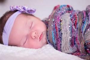 Rangkaian Nama Bayi