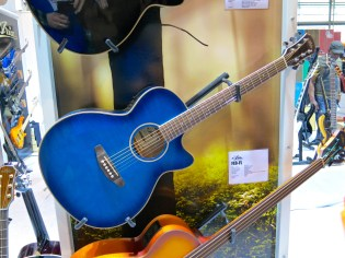 MM 2015 – Aria steel-string