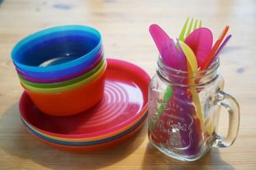 幼児用食器のプラスチック製食器の特徴と食べやすい食器の選び方