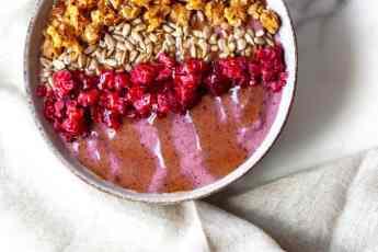 Easy healthy Smoothie Bowl Recipe