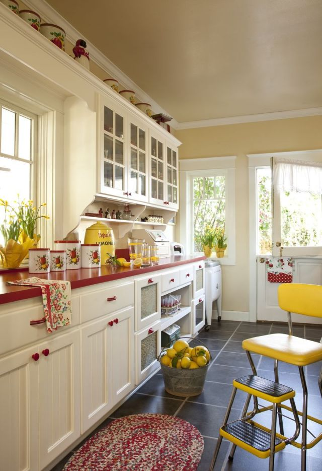 Why Yellow Is The Best Color Option For Your Farmhouse Kitchen Kitchen50