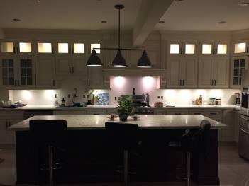 Kitchen_Showroom_Dim_lighting