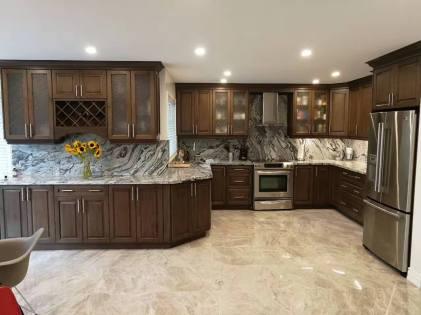Kitchen showroom display hardwood, marble