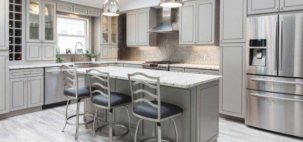 white-kitchen-preview-600x376 STONE COUNTER TOPS #1 Supplier in Kitchener/Waterloo/Guelph/Cambridge