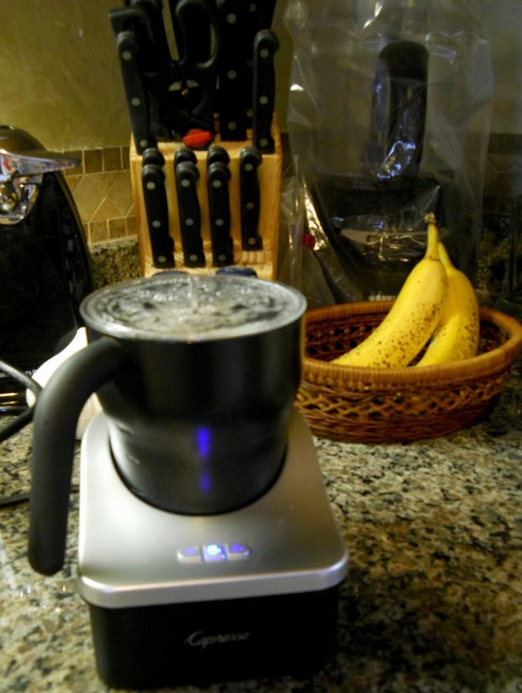 Liquid Comfort (alcohol-free!): Homemade Chai Latte (4/6)