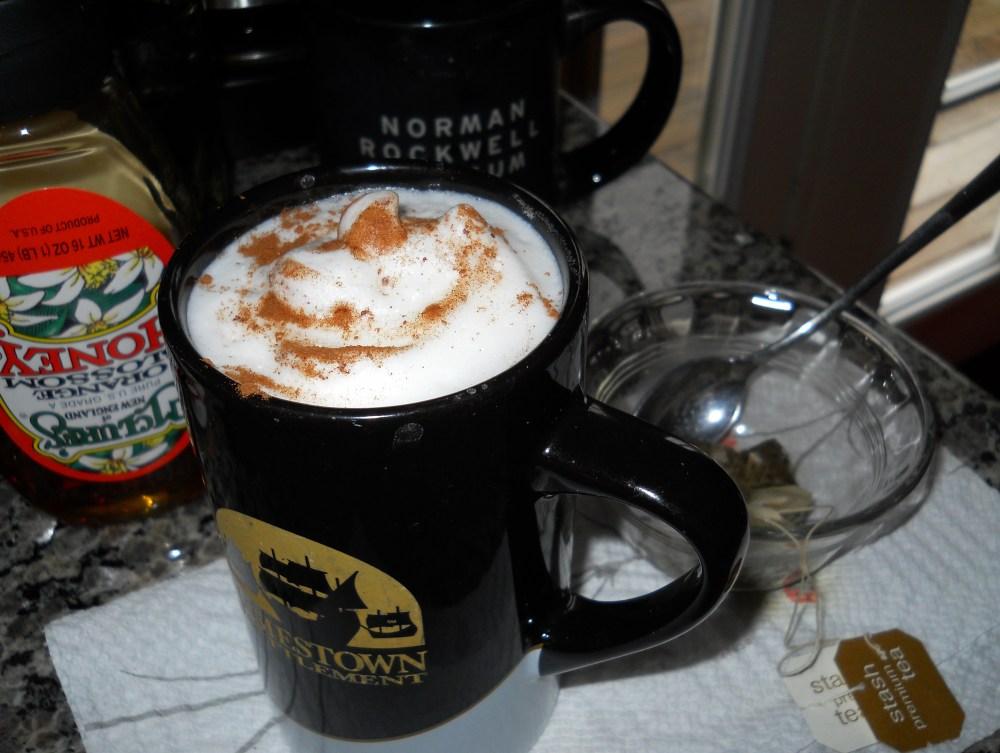 Liquid Comfort (alcohol-free!): Homemade Chai Latte (1/6)