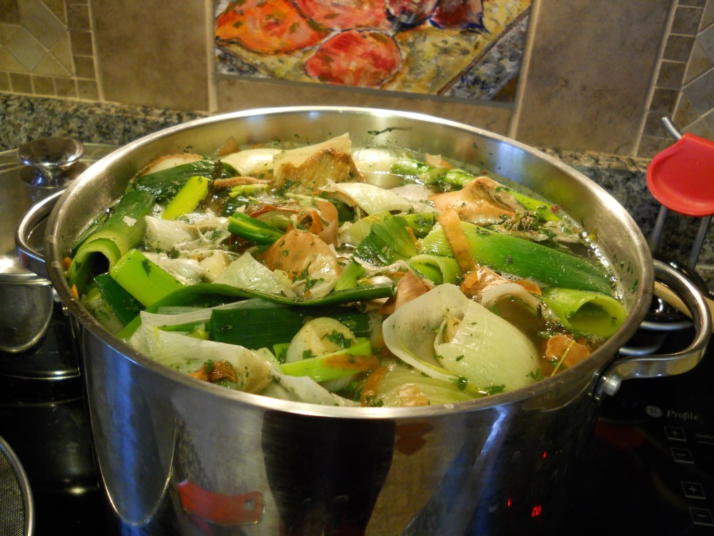 How to Get Rave Reviews: Start with Homemade (Chicken, or other) Stock (2/4)