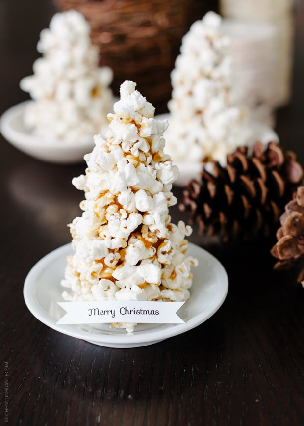 Popcorn Christmas Tree Place Cards DIY | www.kitchenconfidante.com