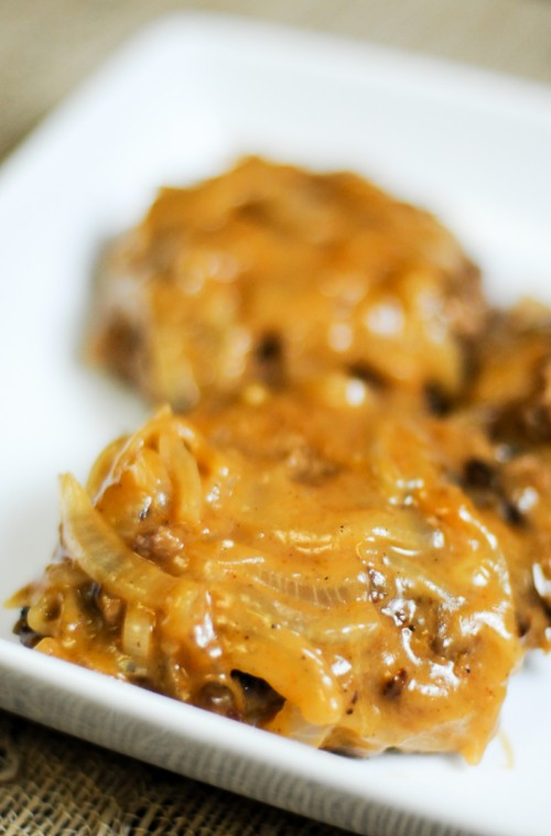 Salisbury Steak Recipe- An Easy, Fast Midweek Dinner