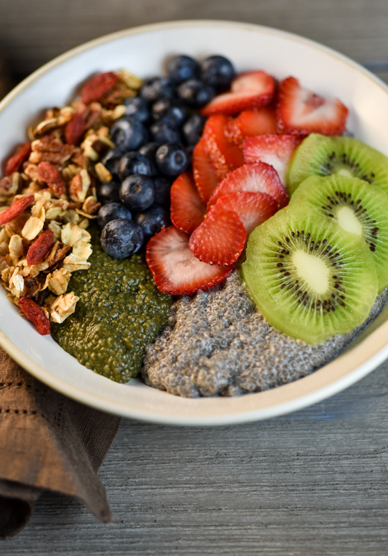 Vanilla and Greens Chia Pudding with Granola-3462