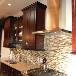 contemporary_tilebacksplash_03