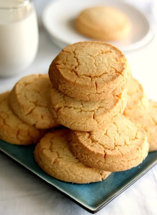 Do you have cookie cravings like me? Sink your teeth into one of these delicious Shortbread Cookies. They are buttery, crumbly, and delicious.