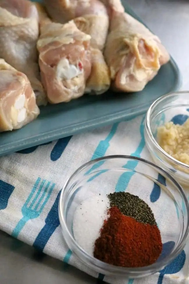 The herbs and spices for garlic-paprika chicken.