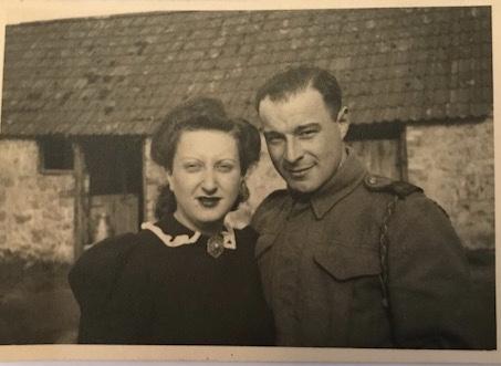 Richborough Jewish refugee camp, Martin and Ilse Gellert, Taunton, married in January 1940, Photo 23 September 1940,