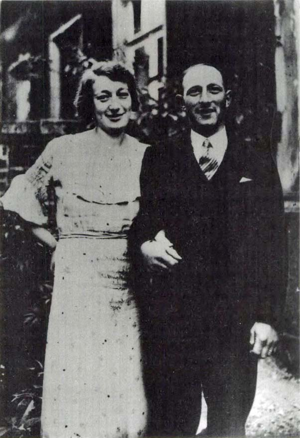Kitchener camp, Walter Kleeberg with his first wife Martha Heimbach in 1936