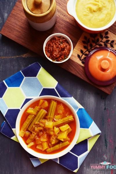 Drumstick Raw Mango Curry/Sojni ki Phalli Kairi ka Salan