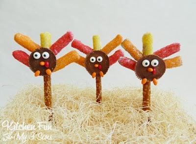 Thanksgiving Turkey Pretzel Rod Treats with Reese's Peanut Butter Cups