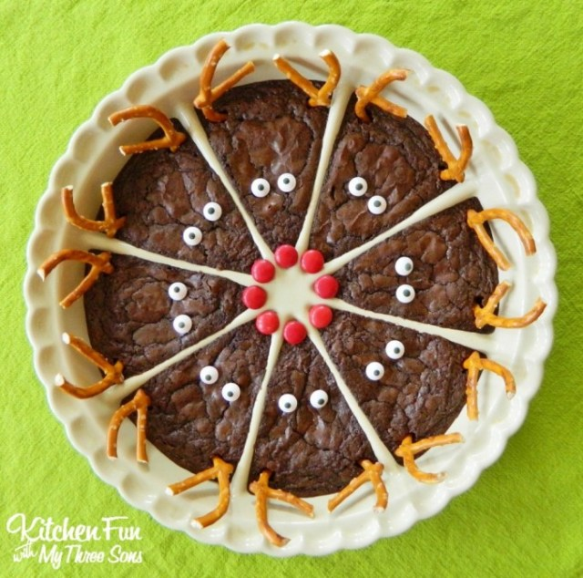 Rudolph the Red Nose Reindeer Brownies...an easy Christmas treat for the Kids!