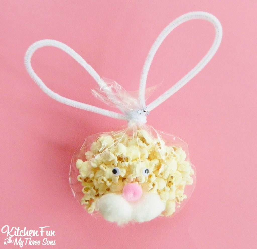 Bunny Popcorn Snack Bags for a Preschool Easter Party! KitchenFunWithMy3Sons.com