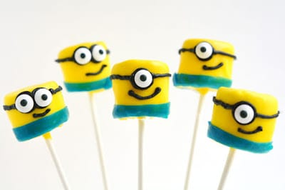 Minion Marshmallow Pops