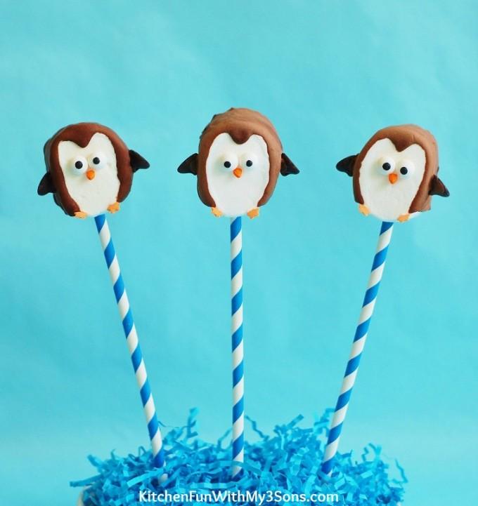 Easy-Marshmallow-Penguin-Pops-3