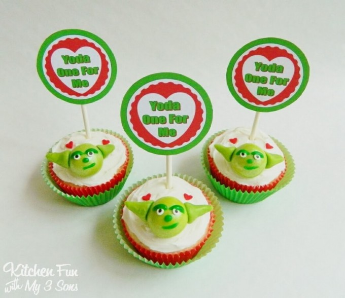 "Star Wars ""Yoda One for Me"" Valentine Cupcakes from KitchenFunWithMy3Sons.com"