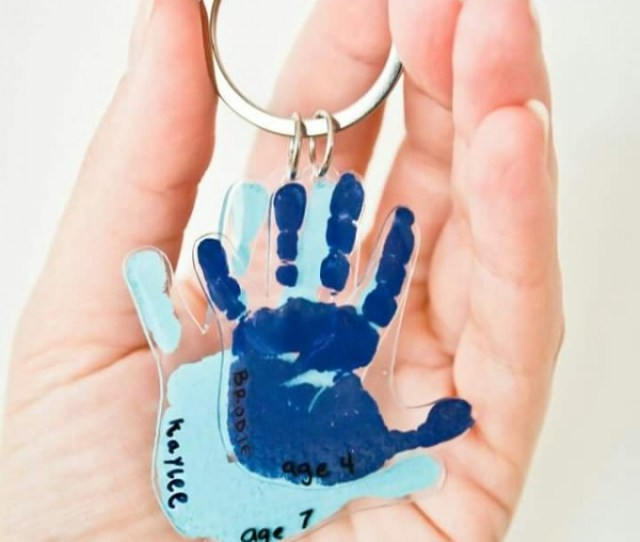 Diy Handprint Keychains These Are The Best Hand Footprint Ideas
