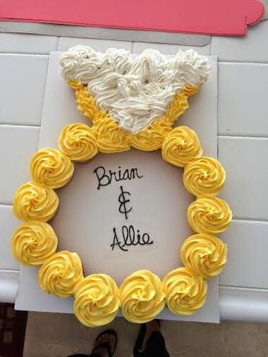 Engagement Ring Wedding Pull-Apart Cupcake Cake