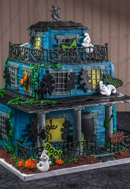 Haunted House Cake...these are the BEST Cake Ideas!