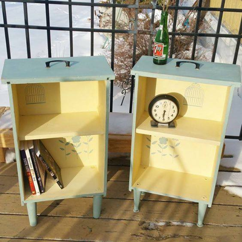 Turn Drawers into Side Tables with Shelves...awesome Upcycle Ideas!