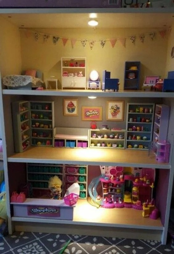 Make a Shopkins Playhouse from a Bookshelf...awesome Upcycle Ideas!