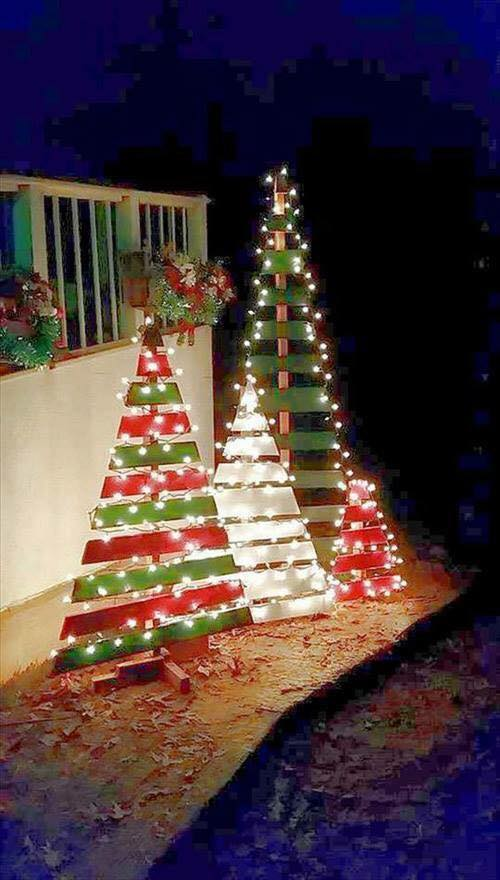 Pallet Christmas Trees with Lights