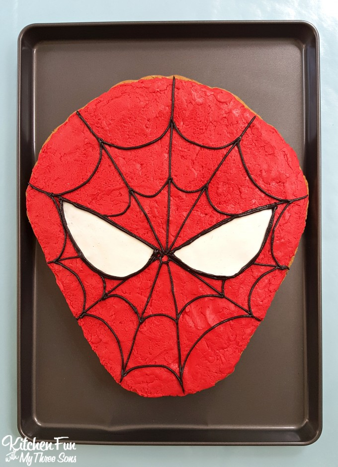 spider-man-cookie-cake-4