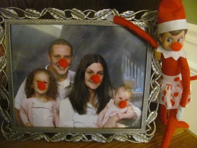 Red Nose Family Elf