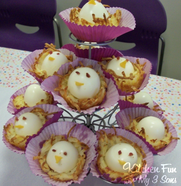 Baby Egg Birds in Hashbrown Nests - these are the BEST Muffin Tin Recipes for Kids!