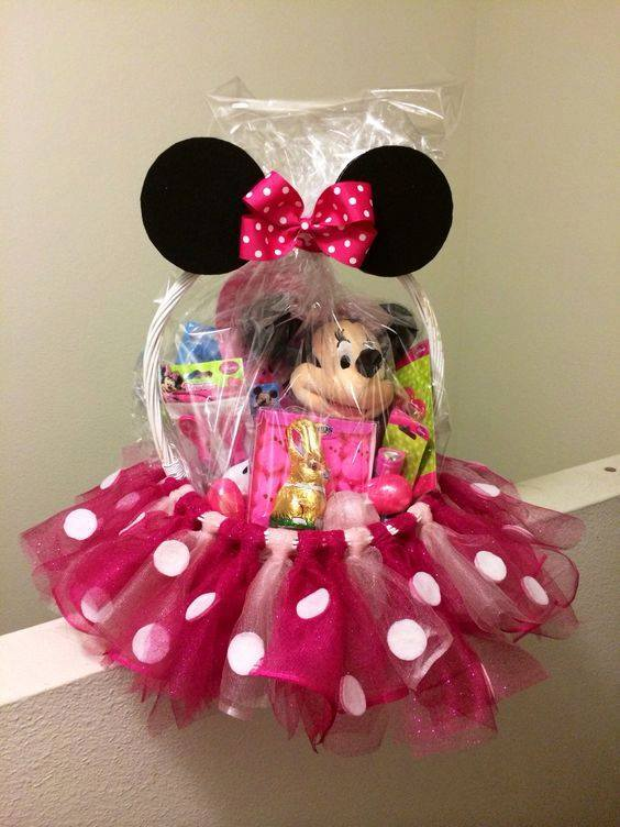 Minnie Mouse Easter Basket....these are the BEST Easter Basket Ideas!