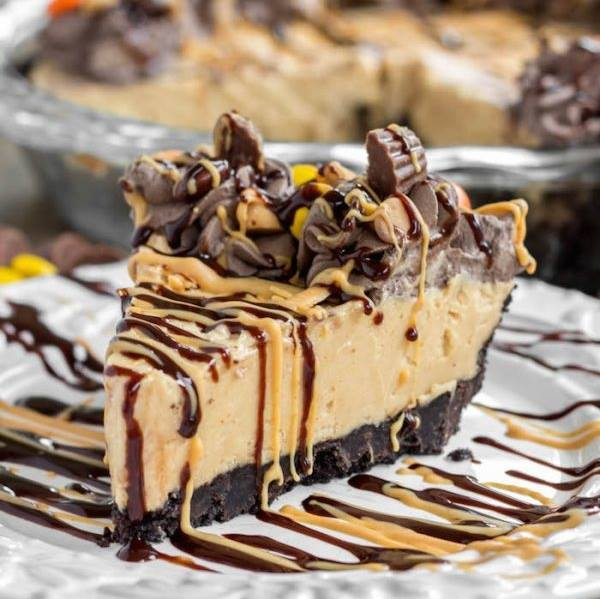 Layer Pumpkin Cheesecake Triple Pie