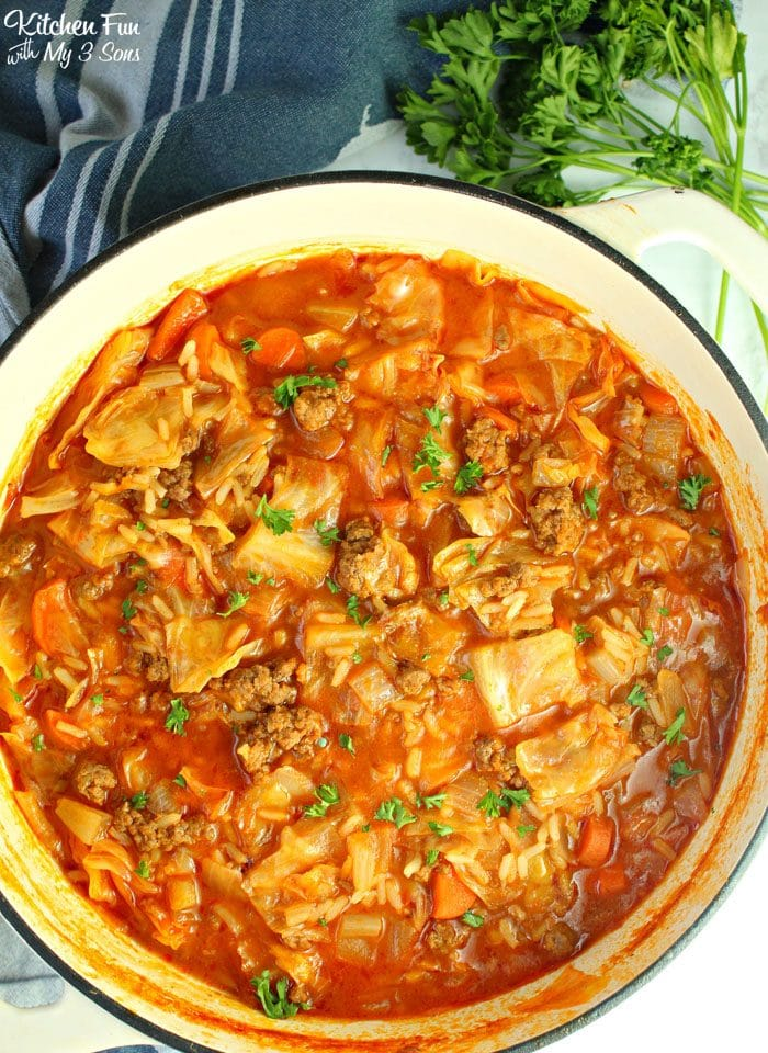 pot of cabbage roll soup