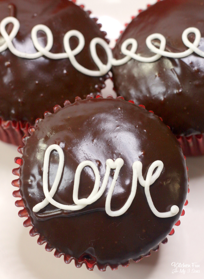 Homemade Hostess Cupcakes for Valentine's Day