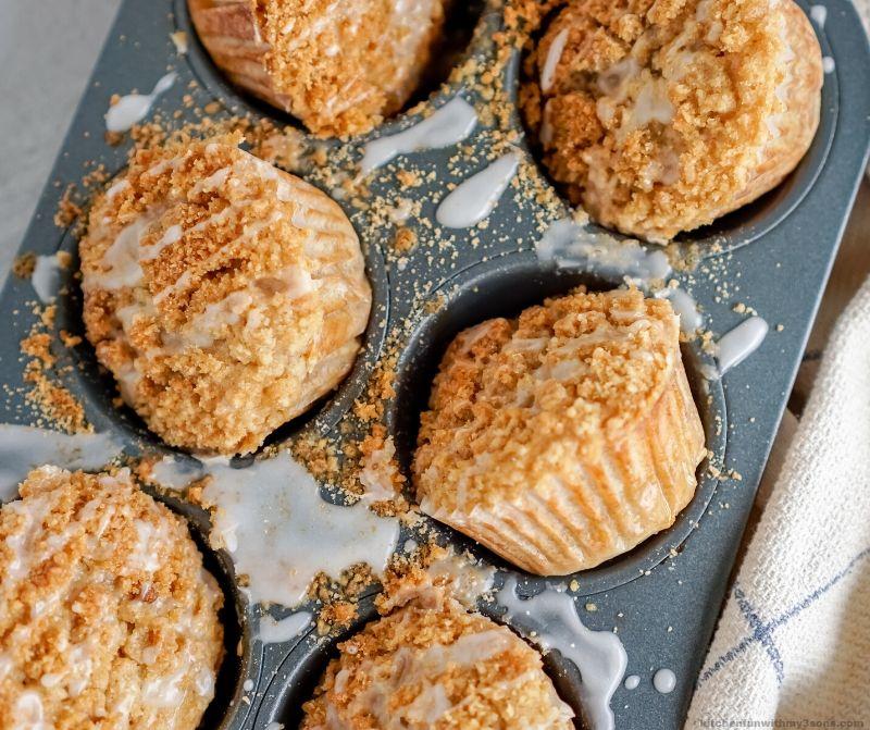 Banana Crumb Muffins in a cupcake tin