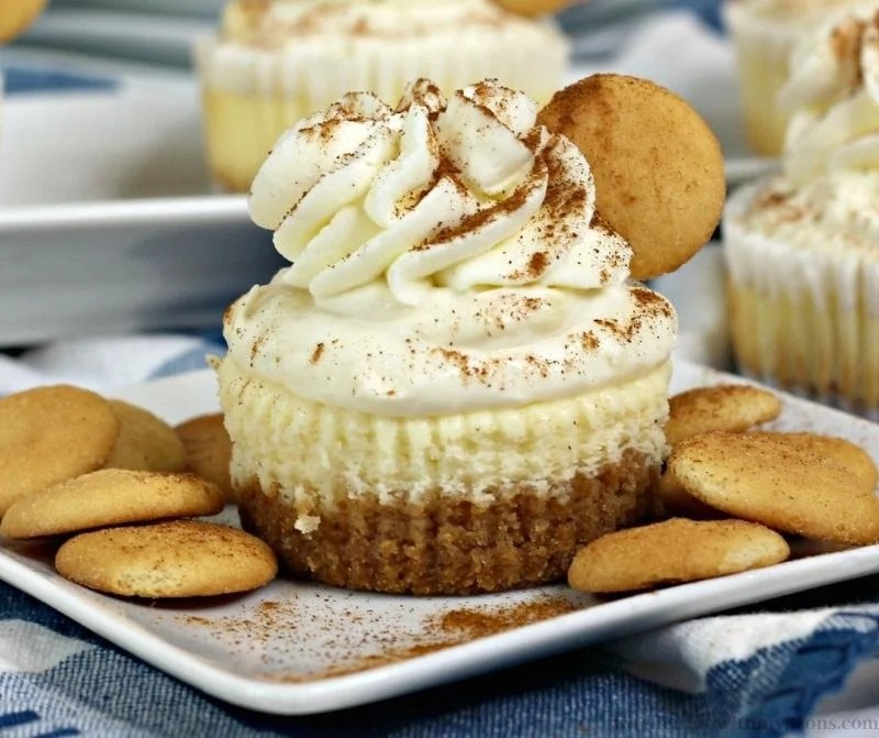 Mini Banana Pudding Cheesecake