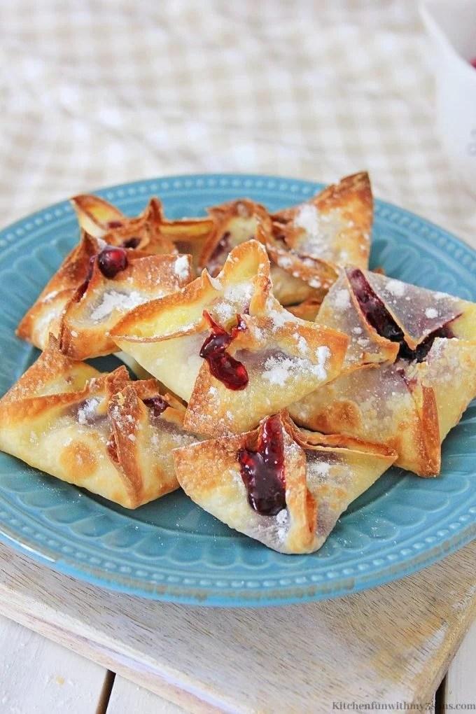 Air Fryer Blueberry Cheesecake Wontons