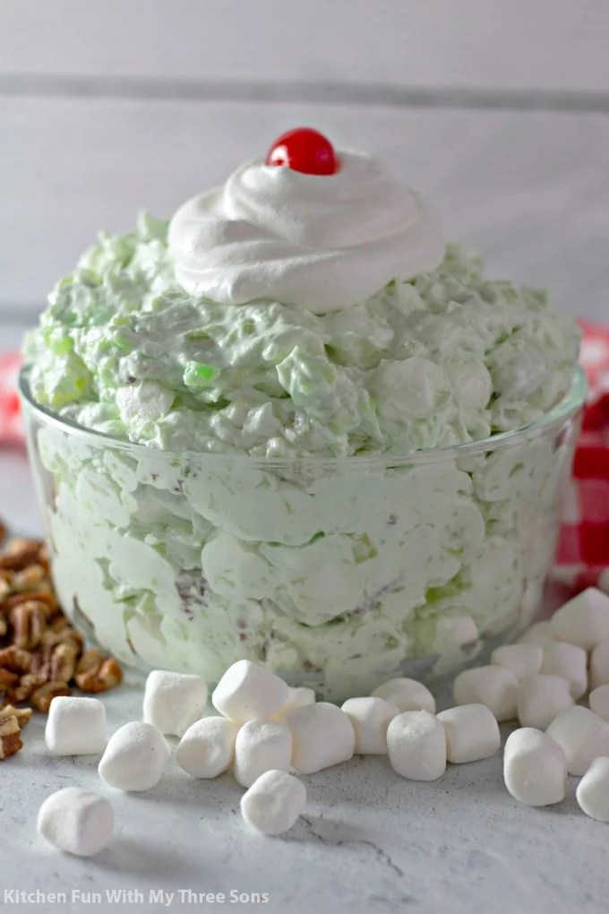 Easy Watergate Salad with mini marshmallows and pecans