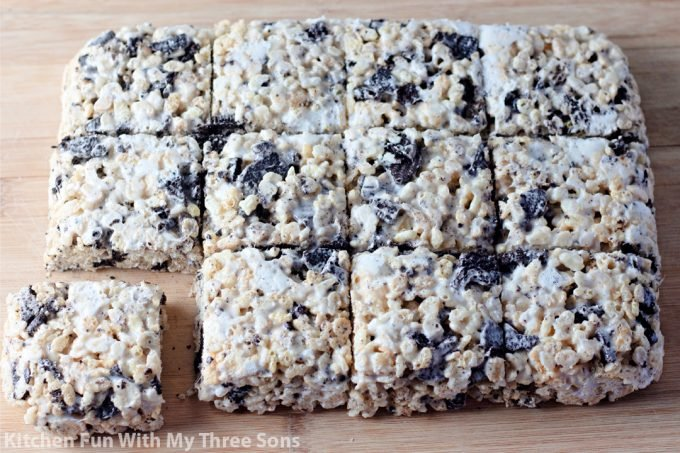 cutting the rice krispie treats into squares